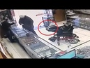 Paralyzed mute teenager holds up jewelry store with his feet