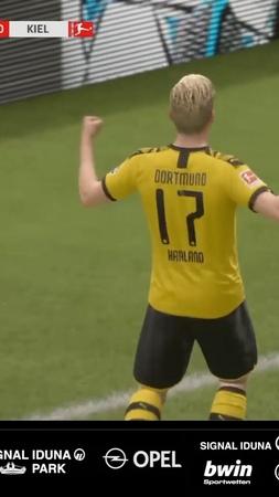 """Borussia Dortmund on Instagram Nach dem 7 4 gegen @holsteinkiel folgt am Samstag ab 17 10 Uhr der nächste Spieltag an der Konsole Wir treffen mit @achrafhakimi und…"""""""