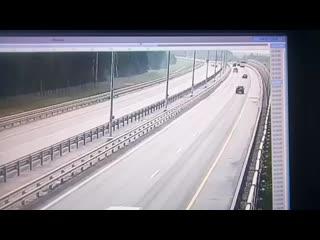 Появилось видео смертельного ДТП в Тверской области (720p).mp4