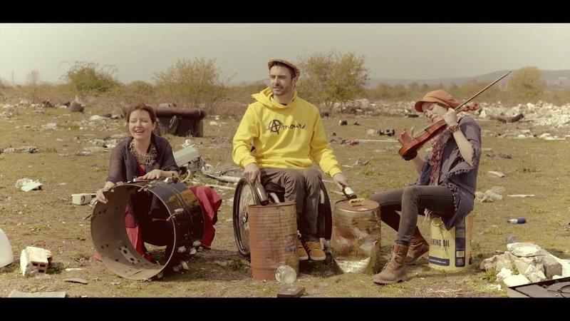 Kalune (avec Nolwen) - Rien ne m'appartient [clip officiel]