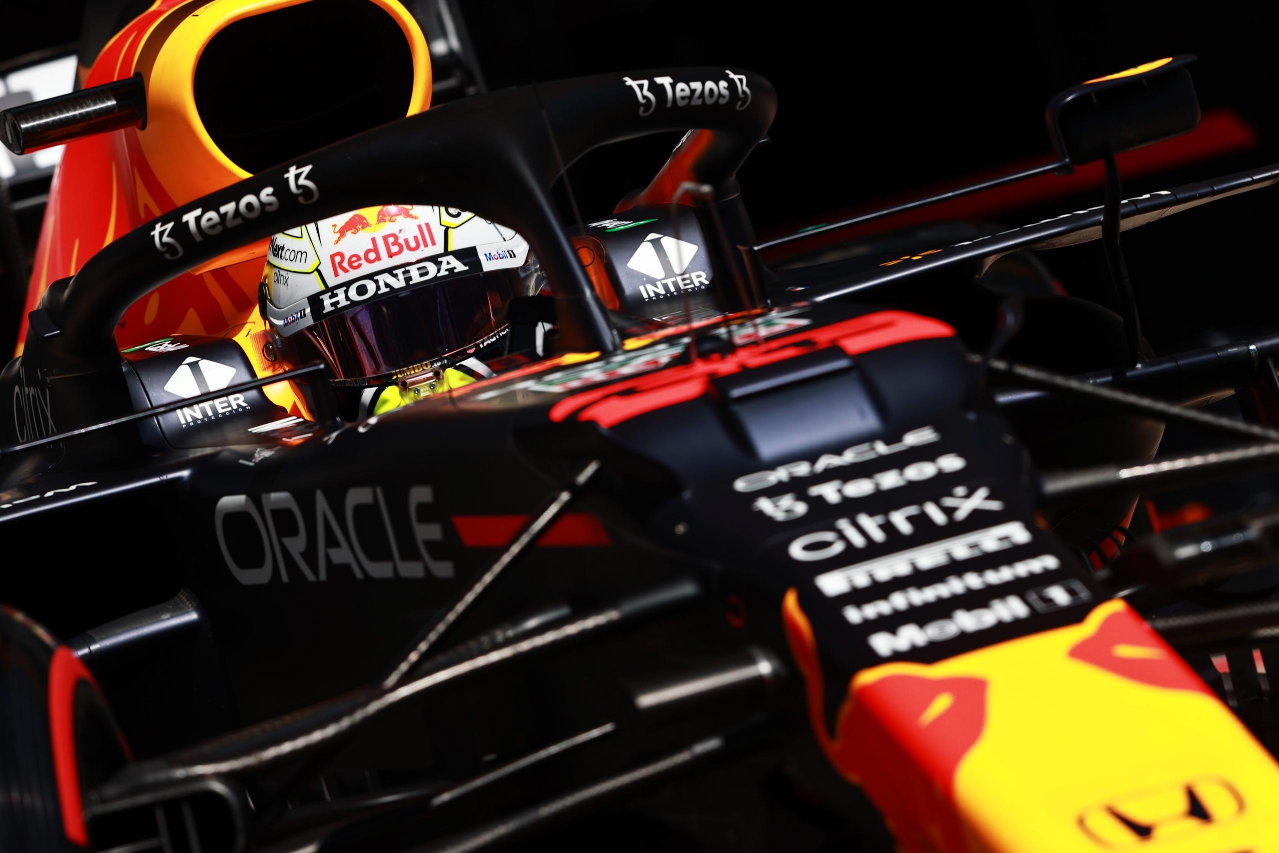 Макс Ферстаппен лидирует в чемпионате Формулы 1 после первых девяти этапов сезона 2021 года