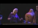 Расцвет и падение города Махагони- Salzburg Festival 1998. Сцена с проститутками. Голые актрисы в театре.