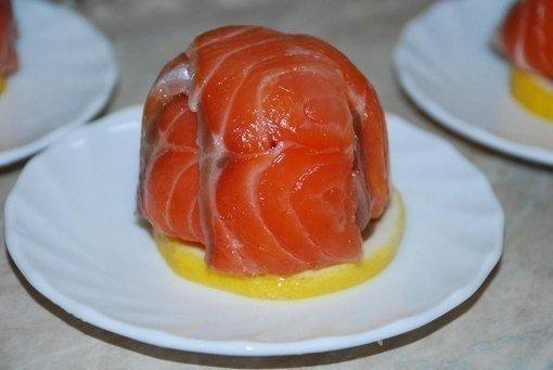 Топ-10 бесподобных закусок  1. Закусочка вкусная  Ингредиенты: -Свежие помидоры - 0,5...