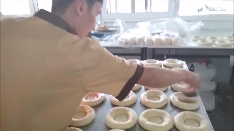 Вкусный узбекский хлеб узбекская лепёшка