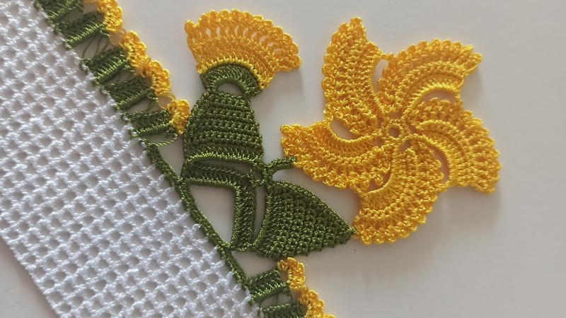 Tığ oyası ile Çeyizlik Horoz İbiği çiçeği Modeli