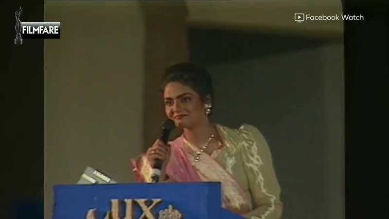Мадхури Дикшит и Шридеви. Церемония Filmfare Awards 1993.