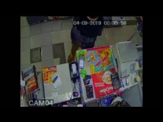 Серия разбойных нападений на магазины