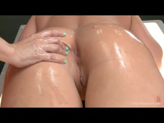Dana DeArmond, Leya Falcon (Dana Dearmond gets her fist , foot and big black dick in Leyas ass)