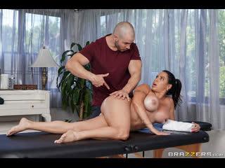 Brazzers - Massaging My Friends Mom / Julianna Vega & Duncan Saint