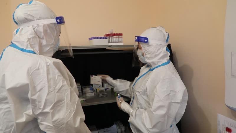 Лечение пациентов с коронавирусной инфекцией в военном мобильном госпитале в Хакасии