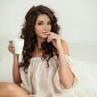 Оля Пустова