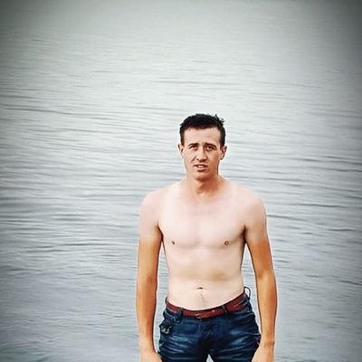 Дмитрий, 20, Usharal