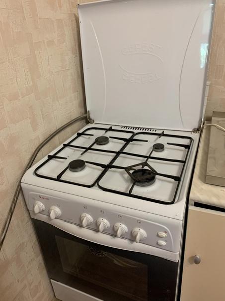 Продам кухню 6000₽(плита 0,6*0,6 продаётся отдельн...
