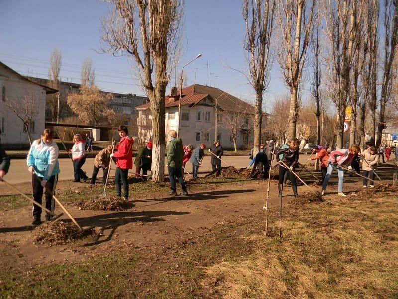 Администрация Петровского района и городское коммунальное предприятие «Благоустройство» призывают петровчан принять участие в экологической акции, чтобы вместе сделать город чище и уютнее