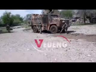 Застрявший бронеавтомобили Турции в САР
