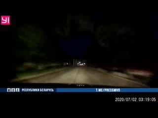 В Бобруйске пьяный бесправник протаранил перекрывшую движение машину Департамента охраны