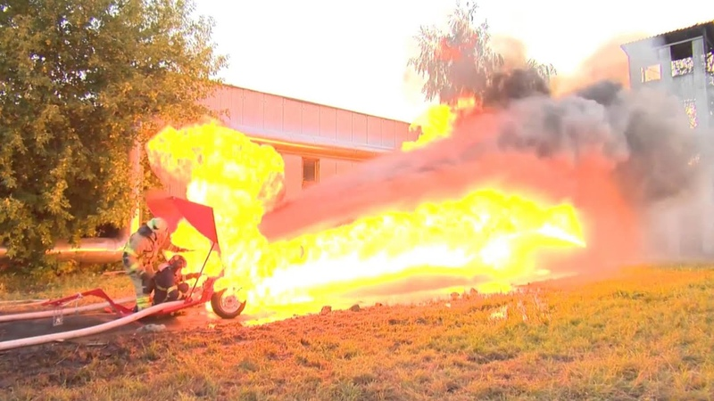 Water cannon vs Flame thrower