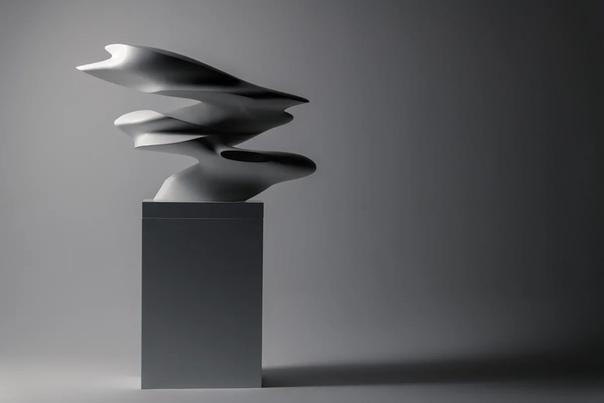 Футуристические скульптуры современного художника Даниэля Закха Скульптор Даниэль Закх, являет собой пример не только искусного художника, но и прекрасного математика. Работы из серий Inflow и