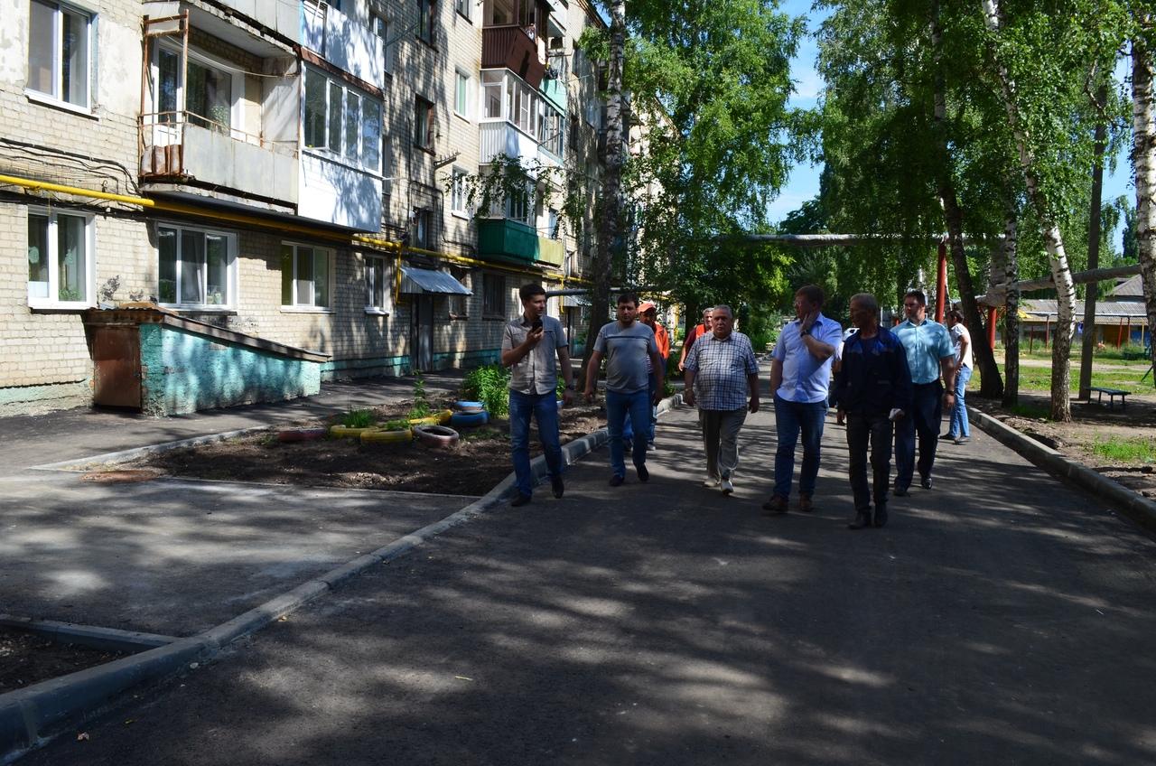 В Петровске продолжаются работы в рамках реализации программы «Формирование комфортной городской среды»
