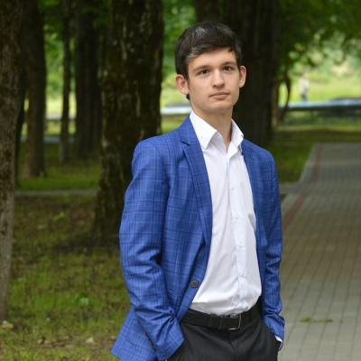 Андрей, 23, Slantsy