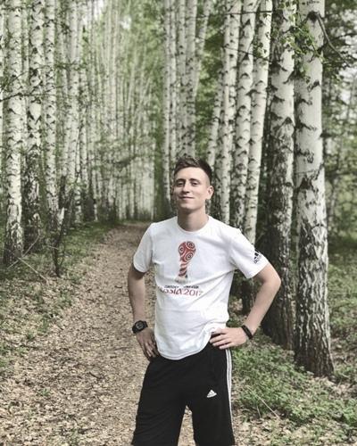 Юрий, 26, Engel's
