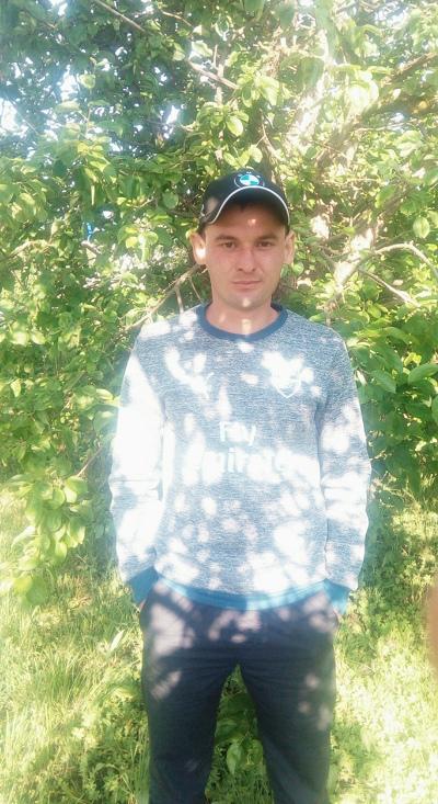 Михаил, 32, Spassk