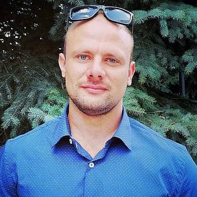 Виктор Хлестов