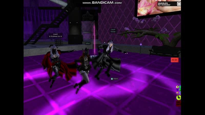 BDSM Танец Госпажи и готических близнецов